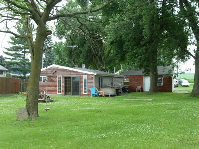Fort Atkinson Single Family Home For Sale: W7899 High Ridge Rd