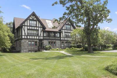Lake Geneva Condo/Townhouse For Sale: 701 S Lakeshore #2F