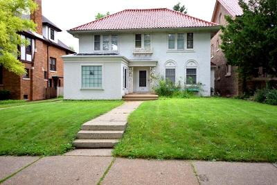 Milwaukee Single Family Home Active Contingent With Offer: 2310 E Newberry Blvd