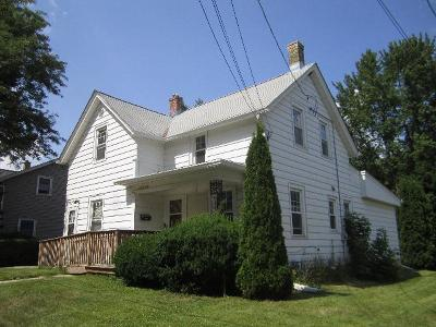 Ozaukee County Two Family Home Active Contingent With Offer: N41w5826 Hamilton Rd #5828