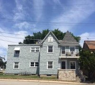 Kenosha Multi Family Home Active Contingent With Offer: 924 52nd St