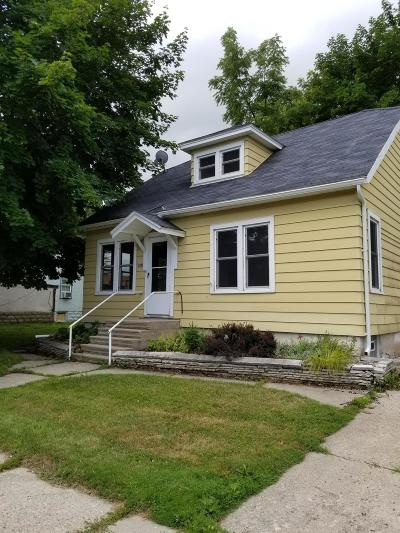 Single Family Home For Sale: 117 N Louis #Ave.