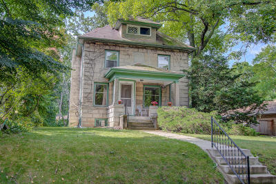 Milwaukee Single Family Home Active Contingent With Offer: 313 E Plainfield Ave