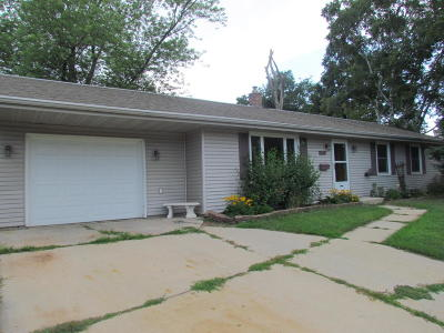 West Bend Single Family Home Active Contingent With Offer: 1636 Beverly Ln