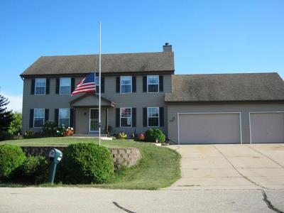 Oak Creek Single Family Home For Sale: 2335 W Saint Johns Way