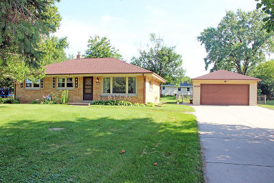 Greenfield Single Family Home For Sale: 4349 W Edgerton Ave