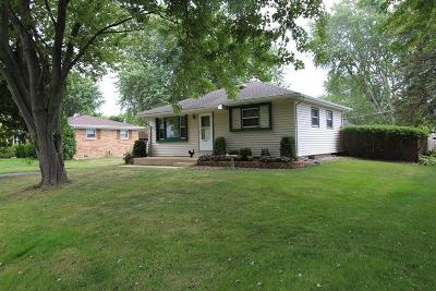 Pleasant Prairie Single Family Home For Sale: 11319 11th Ave