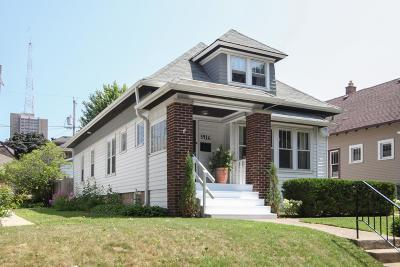Milwaukee Single Family Home Active Contingent With Offer: 3416 N Cramer St