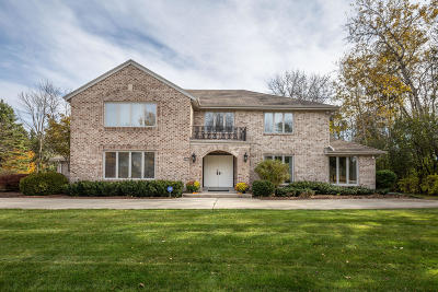 Mequon Single Family Home For Sale: 9820 N Otto Rd