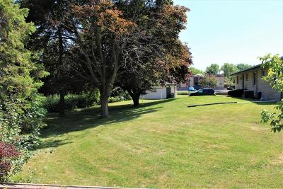 Saukville Single Family Home For Sale: 188 S Foster St