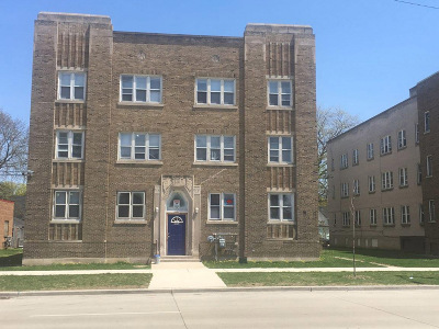 Milwaukee Multi Family Home For Sale: 4252 N Teutonia Ave