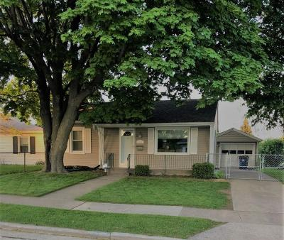 Single Family Home Active Contingent With Offer: 2501 W Crescent St