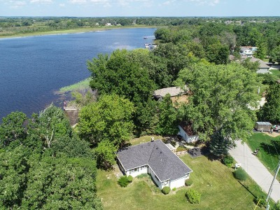 Waterford Single Family Home For Sale: 7946 E Long Lake Dr