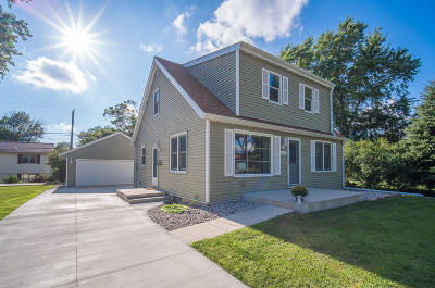 West Allis Single Family Home Active Contingent With Offer: 819 S 110th St