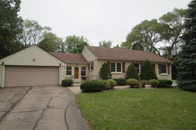 Brookfield Single Family Home For Sale: 13560 Hope St