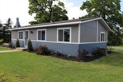 Lake Geneva Single Family Home For Sale: N1489 Hillside Rd
