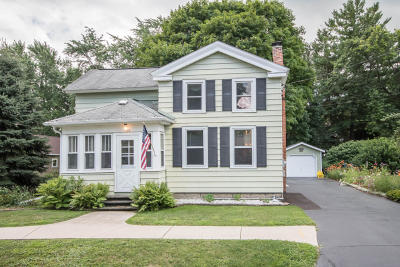 Eagle Single Family Home Active Contingent With Offer: 123 E Eagle St