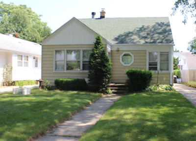 Whitefish Bay Single Family Home For Sale: 5446 N Bay Ridge Ave