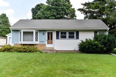 Brookfield Single Family Home Active Contingent With Offer: 1330 Georges Ave