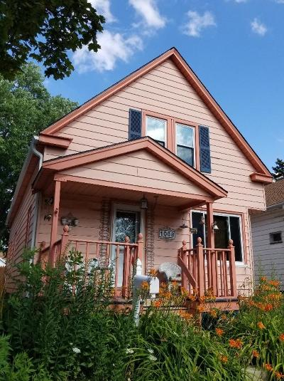 West Allis WI Single Family Home For Sale: $79,900