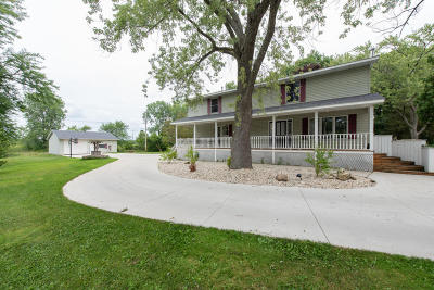 Kenosha County Single Family Home Active Contingent With Offer: 28400 106th St