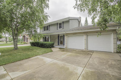 Oak Creek Single Family Home For Sale: 8034 S Mona Dr