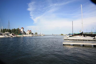 Racine County Condo/Townhouse For Sale: 54 Gaslight Pointe Marina