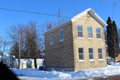 Watertown Single Family Home For Sale: 423 N Church St