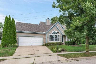 Waukesha Single Family Home Active Contingent With Offer: 1803 Wexford Ln