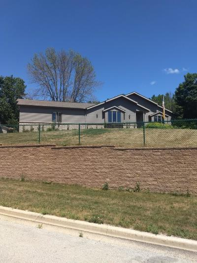 Washington County Single Family Home Active Contingent With Offer: 122 Silver Fox N Dr