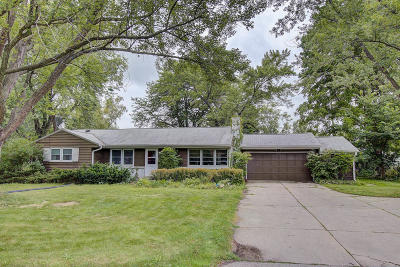 Brookfield Single Family Home For Sale: 15145 Leland Dr