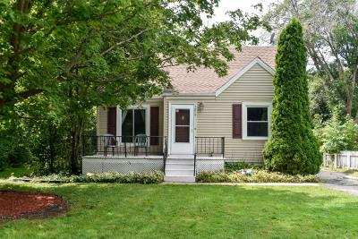 Brookfield Single Family Home For Sale: 1215 Georges Ave