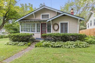 Williams Bay Single Family Home Active Contingent With Offer: 53 Spring St