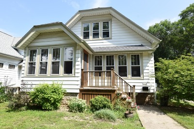 Milwaukee Single Family Home For Sale: 3376 S New York Ave
