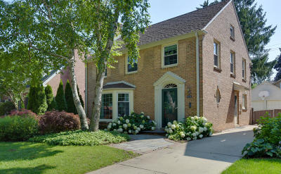 Whitefish Bay Single Family Home For Sale: 5826 N Kent Ave