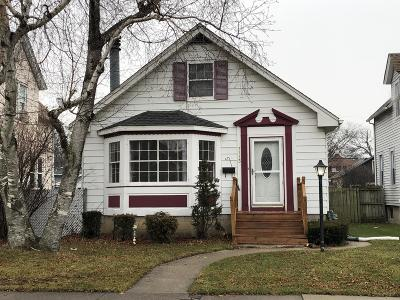 Kenosha Single Family Home For Sale: 7113 23rd Ave