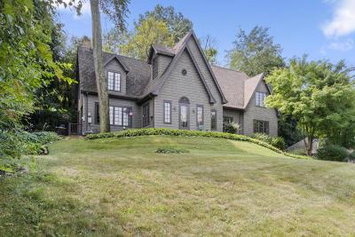 Fontana Single Family Home For Sale: 403 S Lakeshore Dr