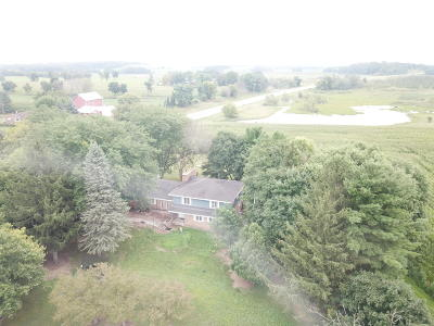 Lake Mills Single Family Home Active Contingent With Offer: N7753 State Road 89