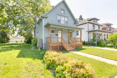 Racine Single Family Home For Sale: 1635 West Blvd