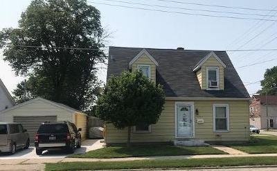 Kenosha Single Family Home For Sale: 4304 19th Ave