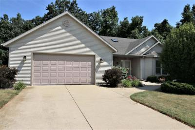 Pleasant Prairie Single Family Home For Sale: 3418 121st Pl
