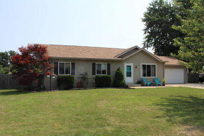 Pleasant Prairie WI Single Family Home For Sale: $229,900