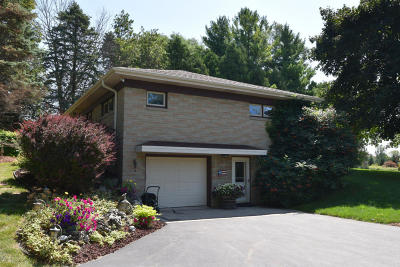 Cedarburg Single Family Home Active Contingent With Offer: 5219 State Road 60