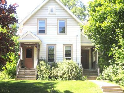 Ozaukee County Single Family Home For Sale: N69w5358 Columbia Rd #N69W5360