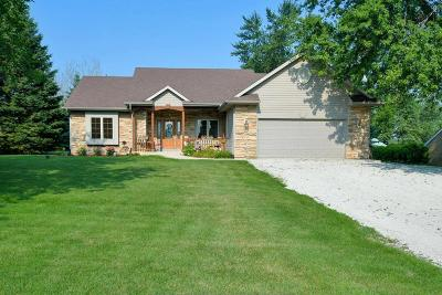 Pleasant Prairie WI Single Family Home For Sale: $384,900