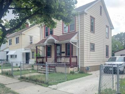 Milwaukee Single Family Home For Sale: 4356 N 25th St