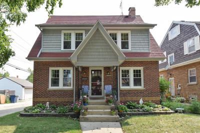 Milwaukee Single Family Home For Sale: 4356 N 75th St