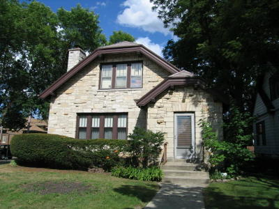 West Allis Single Family Home For Sale: 1502 S 76th St