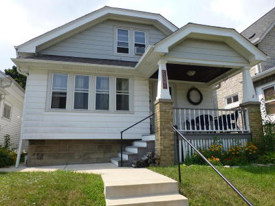 Milwaukee County Single Family Home For Sale: 1219 S 50th St