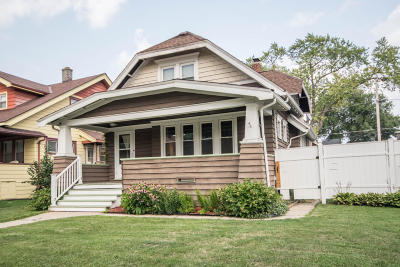 West Allis Single Family Home For Sale: 1548 S 77th St